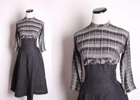 Vintage  1940s Cocktail Dress / Dress / Dresses / Cocktail Dress / Plaid / Tartan / Bow / Fall Fashion / Autumn Dress / 1341