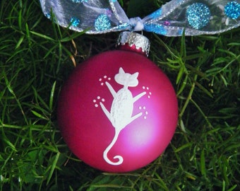 Hang in There Kitty - Christmas Cat -  Personalized Handpainted Christmas Ornament, Personalized Cat Lover, Pet Lover, White Cat Ornament