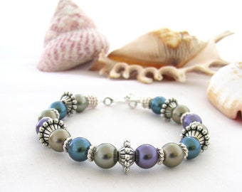 Bracelet Shell Based Pearls in Purple, Teal and Grey
