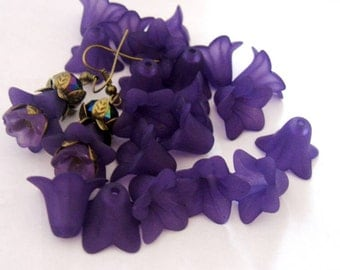 Large Frosted Matte Purple Lily Lucite Flower 18mm x 12mm, TWENTY