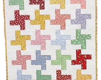1930's Feedsack Pinwheel Baby Quilt, handmade OOAK infant nursery crib, 35 x 43