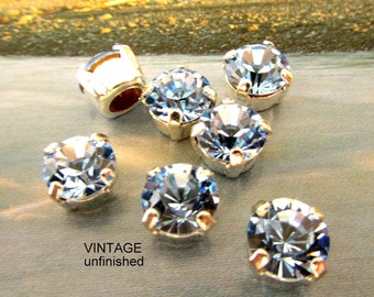 Vintagei 8mm Cabochons - Silver Settings - (4)  - Choose Clear or Light Sapphire Blue