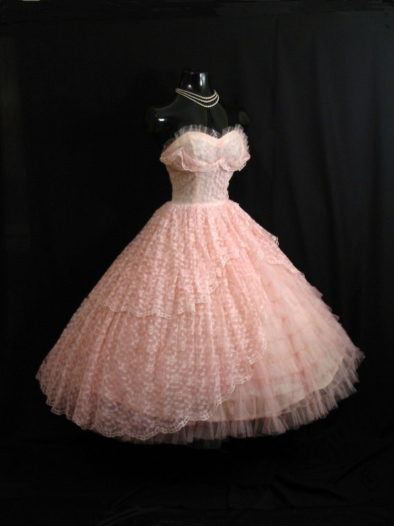 Vintage 1950's 50s Bombshell STRAPLESS Pink Lace Tulle Party Prom Wedding Bridal Dress Gown