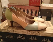 Size 5 - 5.5 Vintage 50s or 60s Pastel Airstep Pumps with FREE SHIPPING