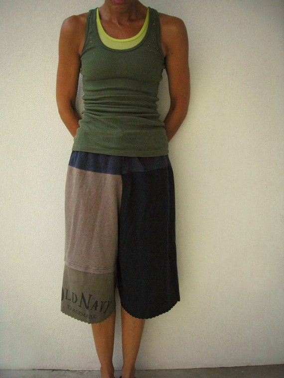 T Shirt Yoga Pants / Lounge Pants / Cropped / M / Recycled Tees / Drawstring / Navy Blue Brown Army Green / Cotton / Soft / Fun / by ohzie