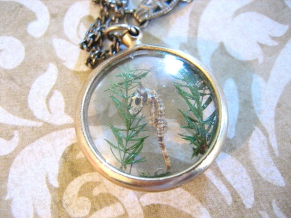 Vintage Lucite Bubble Necklace with Tiny SEAHORSE
