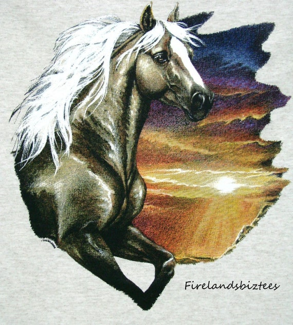 Palomino Horse Graphic on Womens Style T Shirt Size 12717