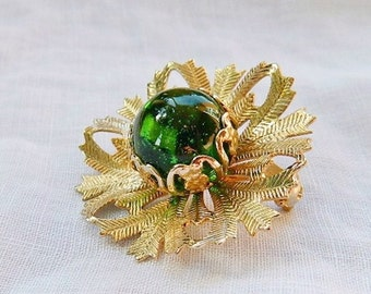 Vintage Green Art Glass Etched Gold Brooch - Snowflake Flower - 1950