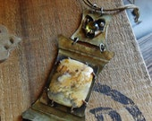Agate Cabochon and Citrine Glass Brass Necklace