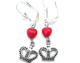 SALE Charming Queen of Hearts Earrings