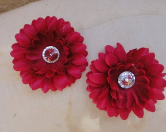 Cute   flower  with back  clip    2 pieces listing