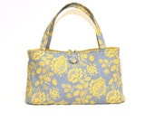 Weekend Fun Bag in rose floral print in yellow and dove grey