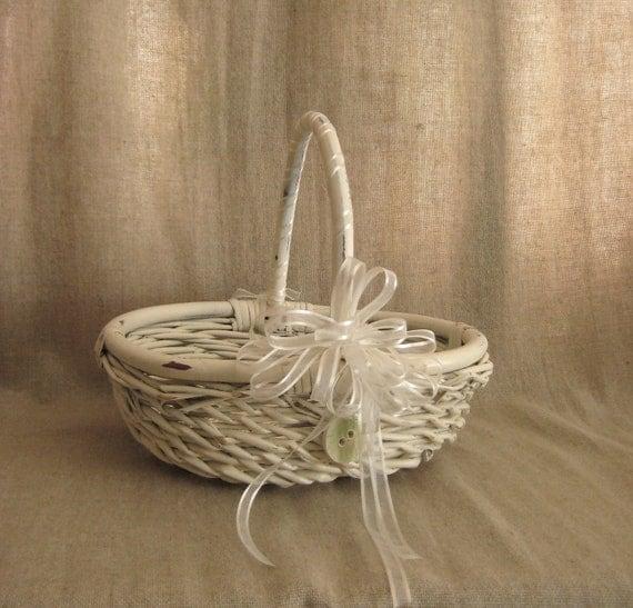 Flower Girl Basket with Keepsake Button / Basket in Heirloom White with Ceramic Button in Green Tea