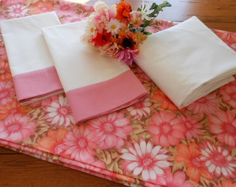 Popular items for vintage sheet set on Etsy