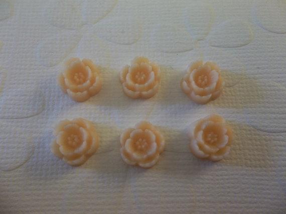 Peach Resin Mini Daisy Flowers - Flat Back 10mm Cabochon Shapes - Qty 7