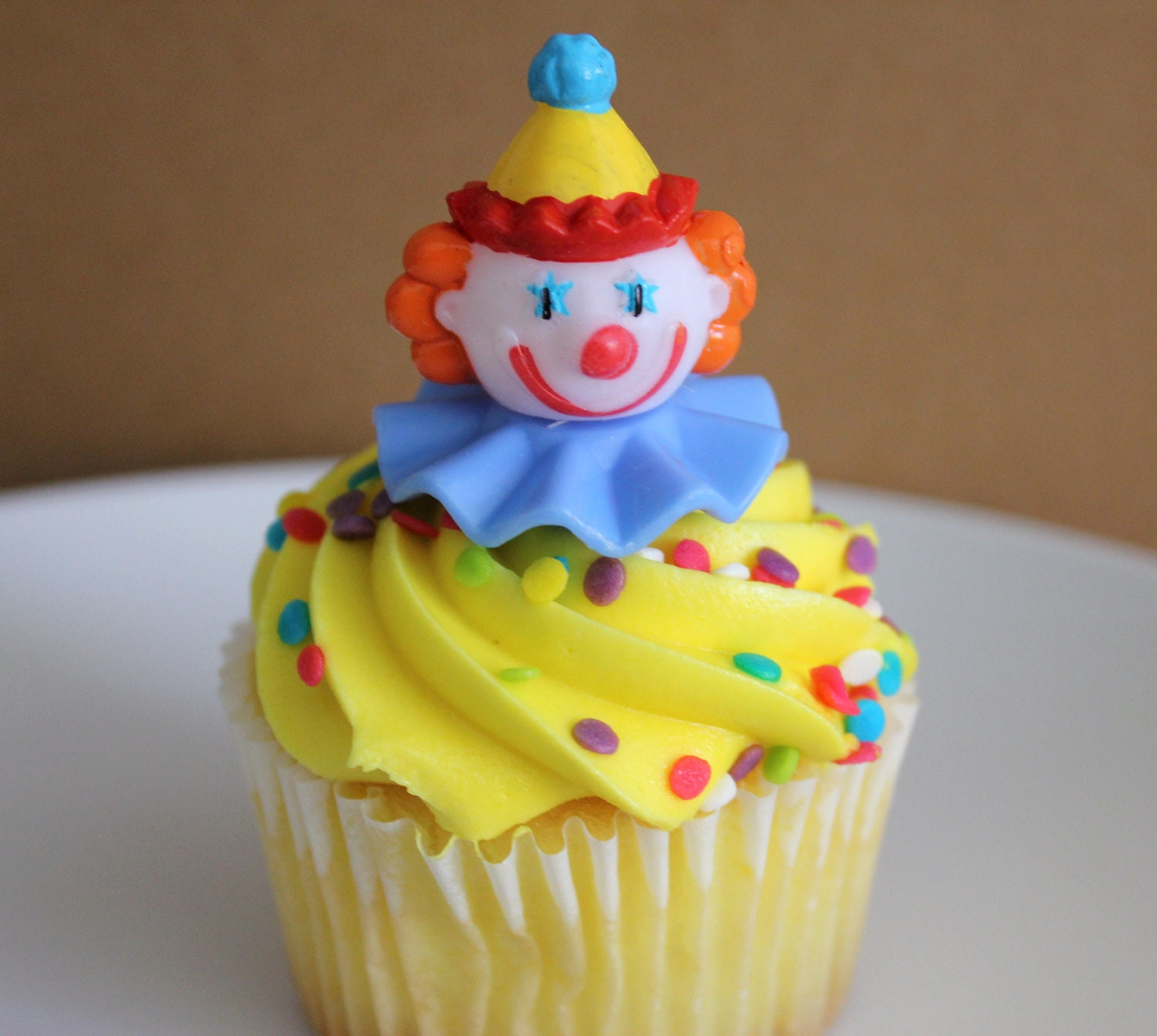 24 Circus Clown Cupcake Topper Picks