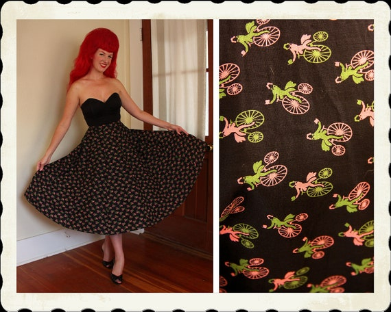 ADORABLE 1950's Inky Black Cotton Super Full Circle Skirt w/ Novelty Bicycle Print - Metal Zipper - Pinup Cutie - VLV - Size M