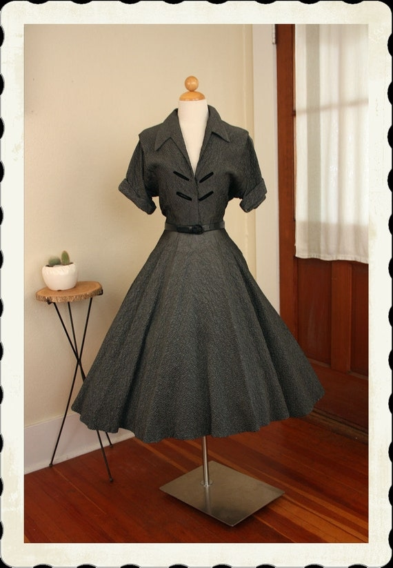RESERVED Atomic 1950's New Look Silvery Steel Grey Crinkled Texture Sharkskin Satin Party Dress w Pointed Collar & Black Velvet Details - XL