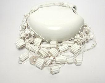 OoaK - Statement Bib Necklace - white wearable Art