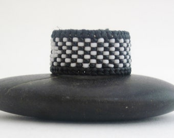Black and White Checkered Beaded Ring for Men and Women