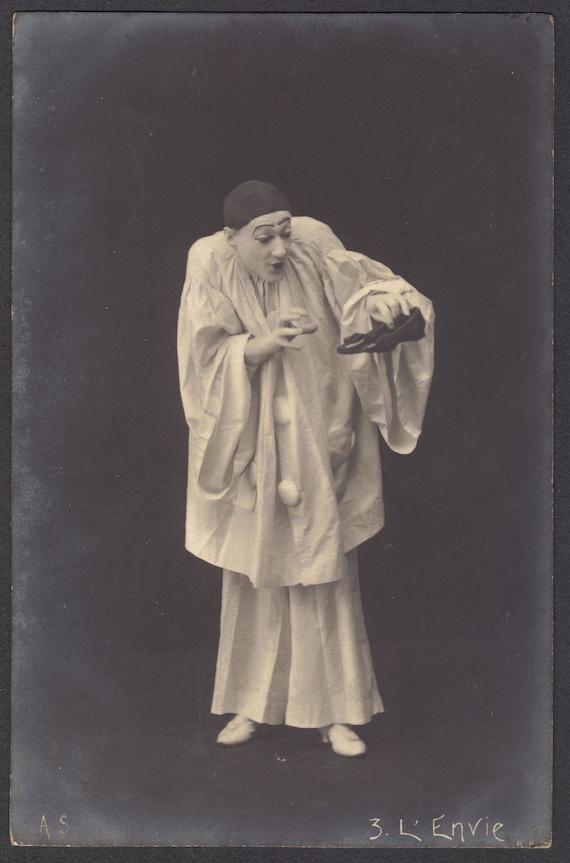 Pierrot Early 1900s L'Envie French RPPC