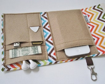 Nerd Herder gadget wallet in Chevron for iPhone 5, Android, Samsung Galaxy S5, digital camera, smartphone, guitar picks