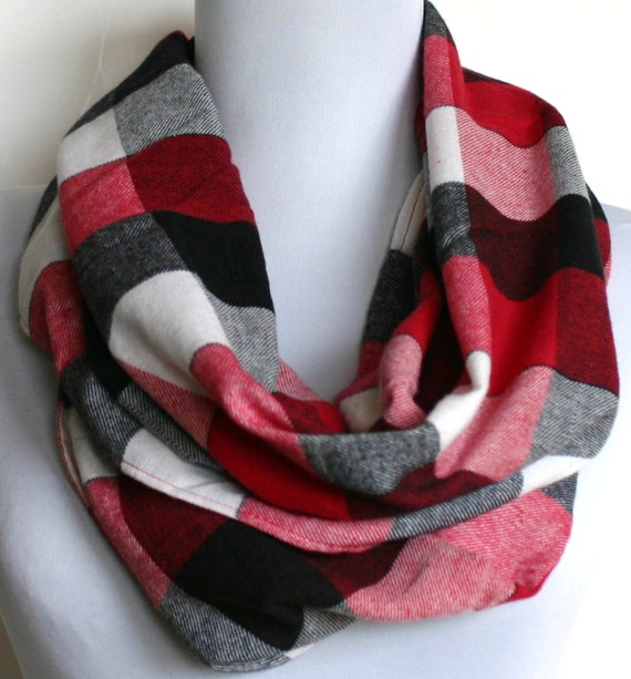 Infinity Scarf in Red, Black and White Buffalo Plaid Lightweight Flannel, Loop Scarf, Eternity Scarf, Circle Scarf