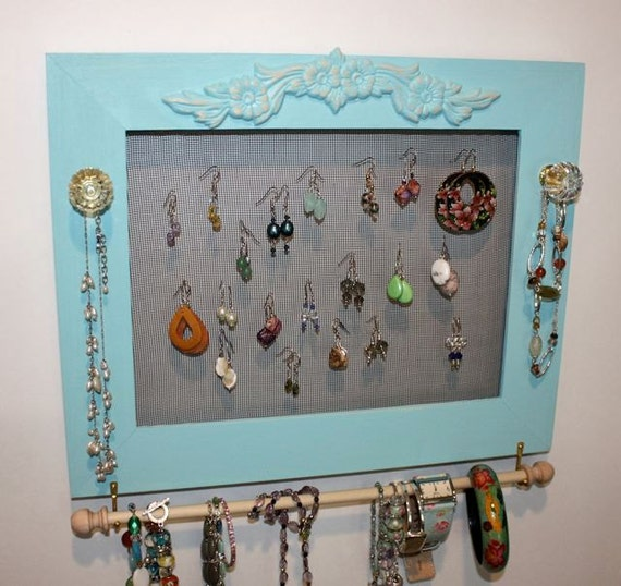 Earring Holder with Jewelry Bar.