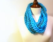 Crochet Infinity Scarf, Turquoise Chunky Chain, Extra long Retro Fashion Accessory