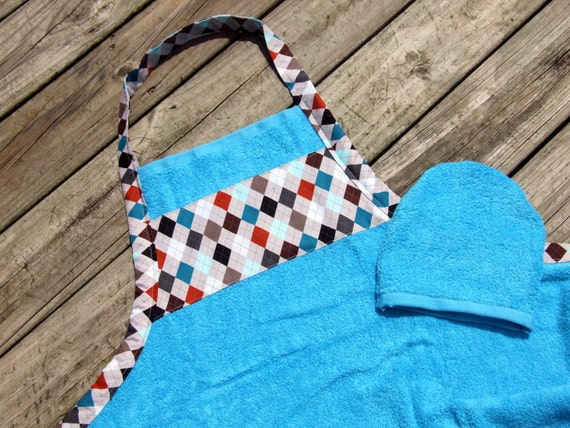 Baby Shower Gift-Bath Apron and Wash Mitt