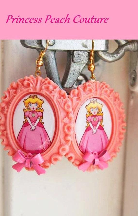 """Super Mario Earrings - Princess Peach - """"Peachy Keen"""" Princess Earrings."""