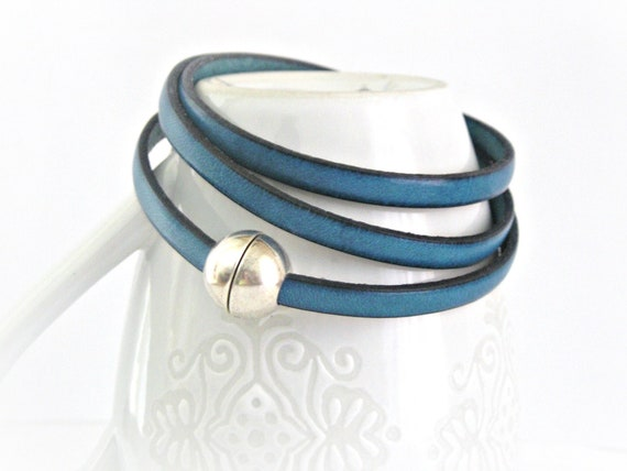 Dark turquoise blue triple wrapped leather bracelet with sphere magnetic clasp