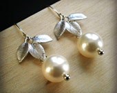 Pearl Earrings Drop Pearl Earrings With Silver Three Leaf Connectors And Cream Swarovski Crystal Round Pearls