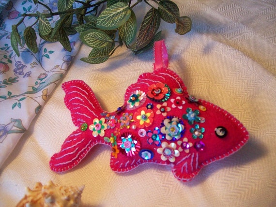 Pinky the Tropical Fish- Tropical fish