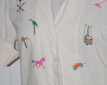60s Blouse, Embroidered, Cotton, Novelty, Farm Motif,  Adelaar, Size S/M