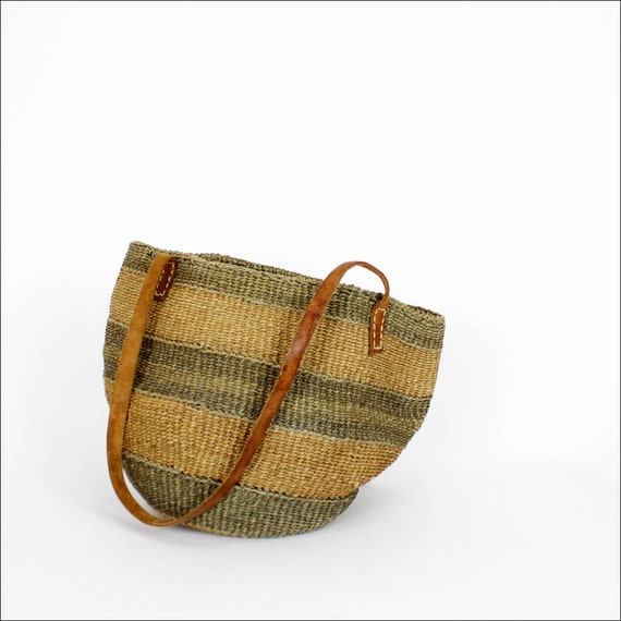 striped straw market bag / rustic woven bucket tote / leather handles