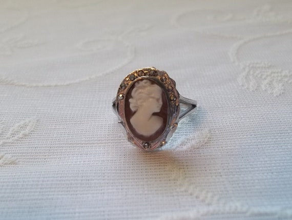 Shell Cameo, Marcasite and Sterling Silver Ring Size 8