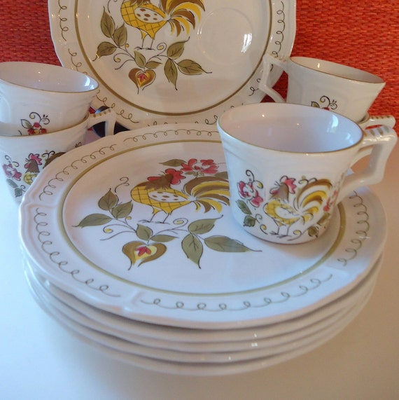 Heritage Rooster Snack Set by Jonas Roberts / Plates and Cups