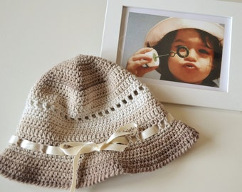 Beige hat  for child  1 to 2 yrs crochet with cotton