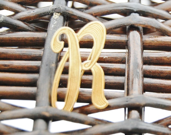 Letter R Pin or Brooch