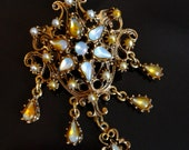 Reserved for Ivancy - Late 1940s Gold Brooch With Opals and Pearls - Made by Florenza in Italy