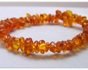 Amber Stretch Bracelet - Gemstone Bracelet - Amber Bracelet, Amber Chips, Bead Bracelet, Gemstone Jewelry, Stretch Bracelet, Baltic Amber