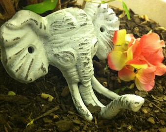 Elephant Wall Hook/ Elephant Wall Decor/ Wall Hook / Wall Hanger / Shabby Chic Hook