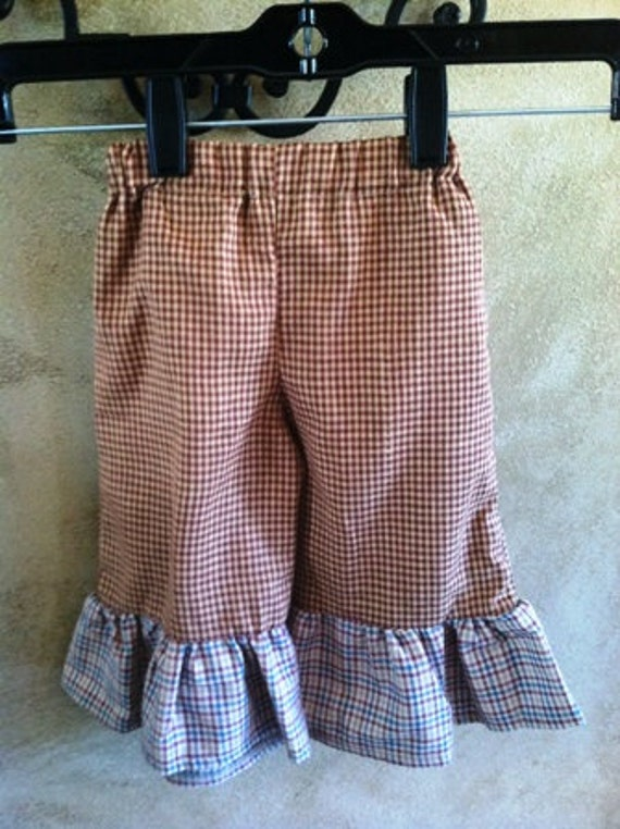 Clearance- Ready to ship...Country Girl Ruffle Pants...Size: Newborn - 3 months