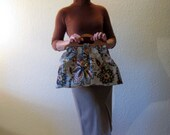 Vintage 50s Tapestry Bag. Purse. Clutch. Wood Handel.