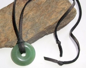 Green Quartz Gemstone Donut Necklace Adjustable Leather Surfer Unisex earthegy