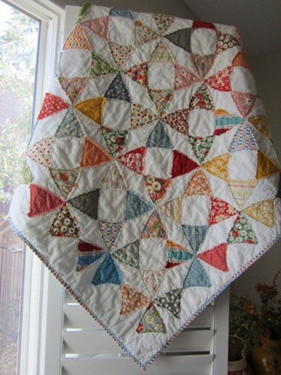 American Jane Vintage Look Circle Quilt.............A Fray Edge Quilt