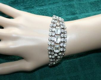 Rhinestone WOW Bracelet Glitz and Shine