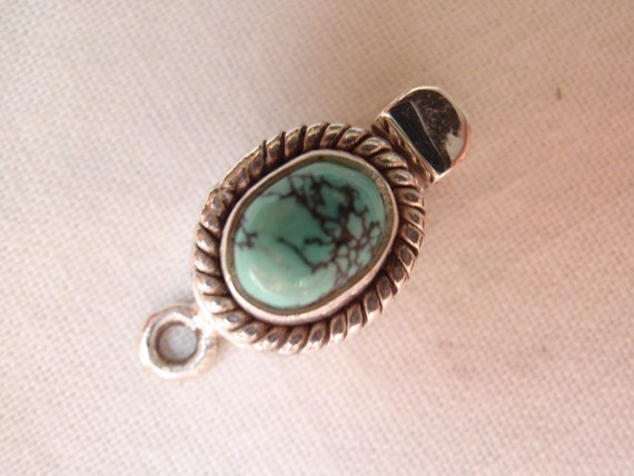 Sterling Silver Box Clasp Small Oval Single Strand Turquoise