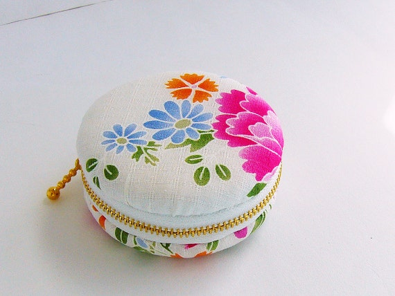 macaroon Coin or Jewelry pouch,Japanese fabrics,flowers macaron coin purse